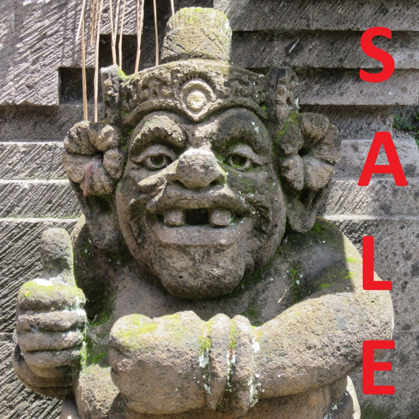"""In """"SALE"""" you will find reduced and very cheap..."""