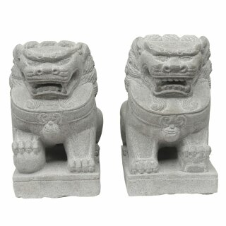 "Exclusive Temple lions ""Fu Dogs"", H 40 cm, hand carved from riverstone (pair)"